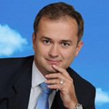 Кшиштоф Бобровски